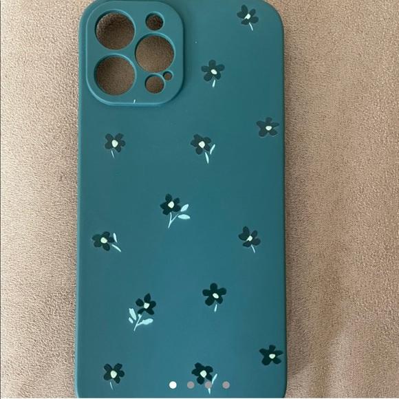 SHEIN iPhone 12 Dark Green Flower Plus Case